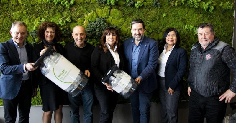 """La Salve y One Circle - Campaña """"Stop al plástico"""" - La Salve Bilbao"""